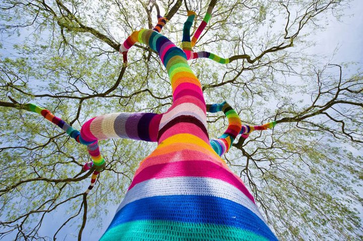 2-street_art_june_2_yarn_crochet
